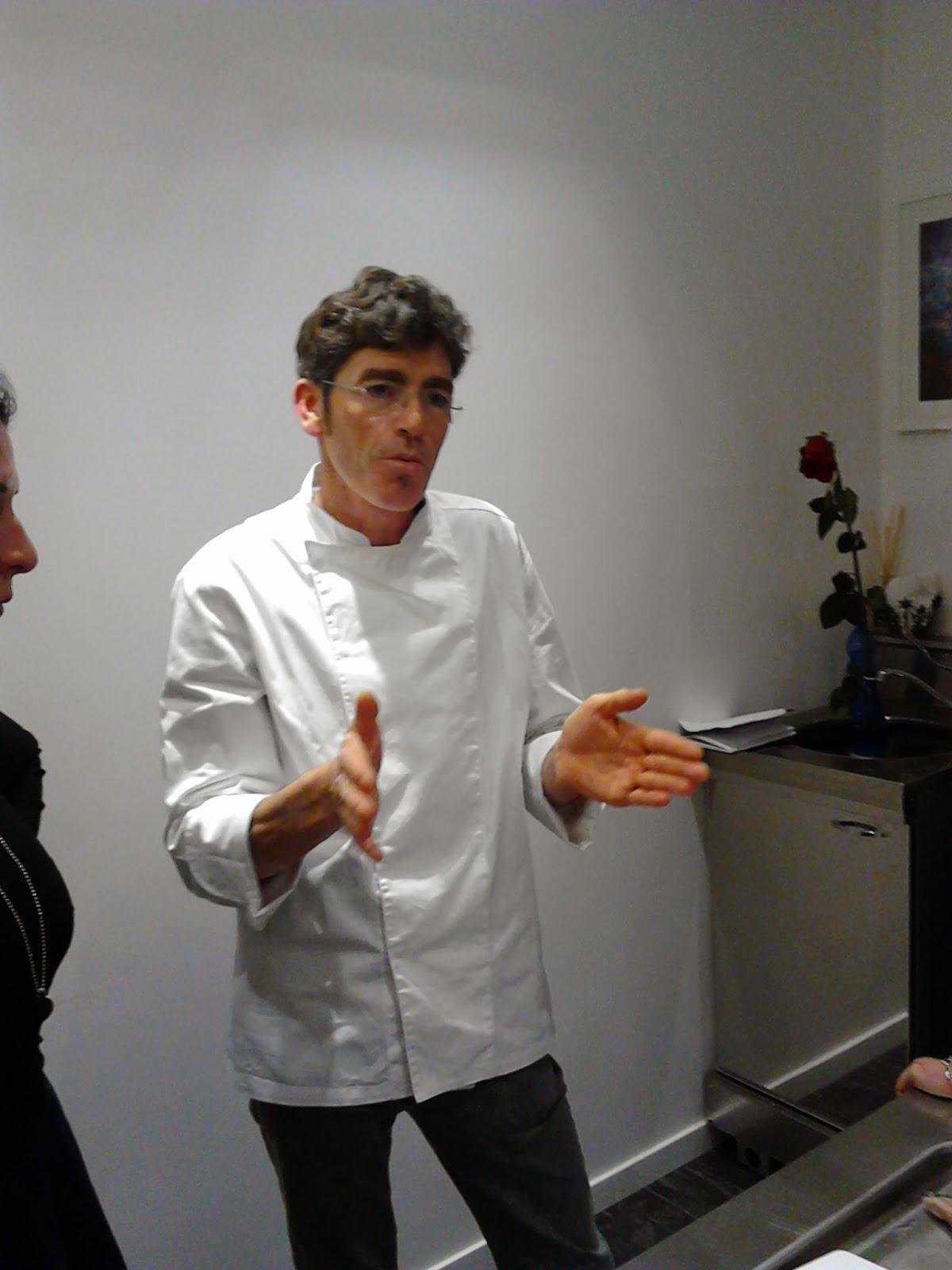 Chef Mario Ottaviano per Panini di Mare all'inaugurazione